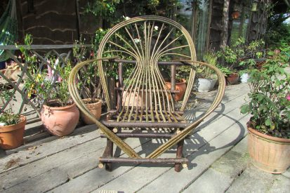 Chestnut & hazel bowback bentwood chair